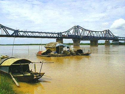 Du lịch Sông Hồng
