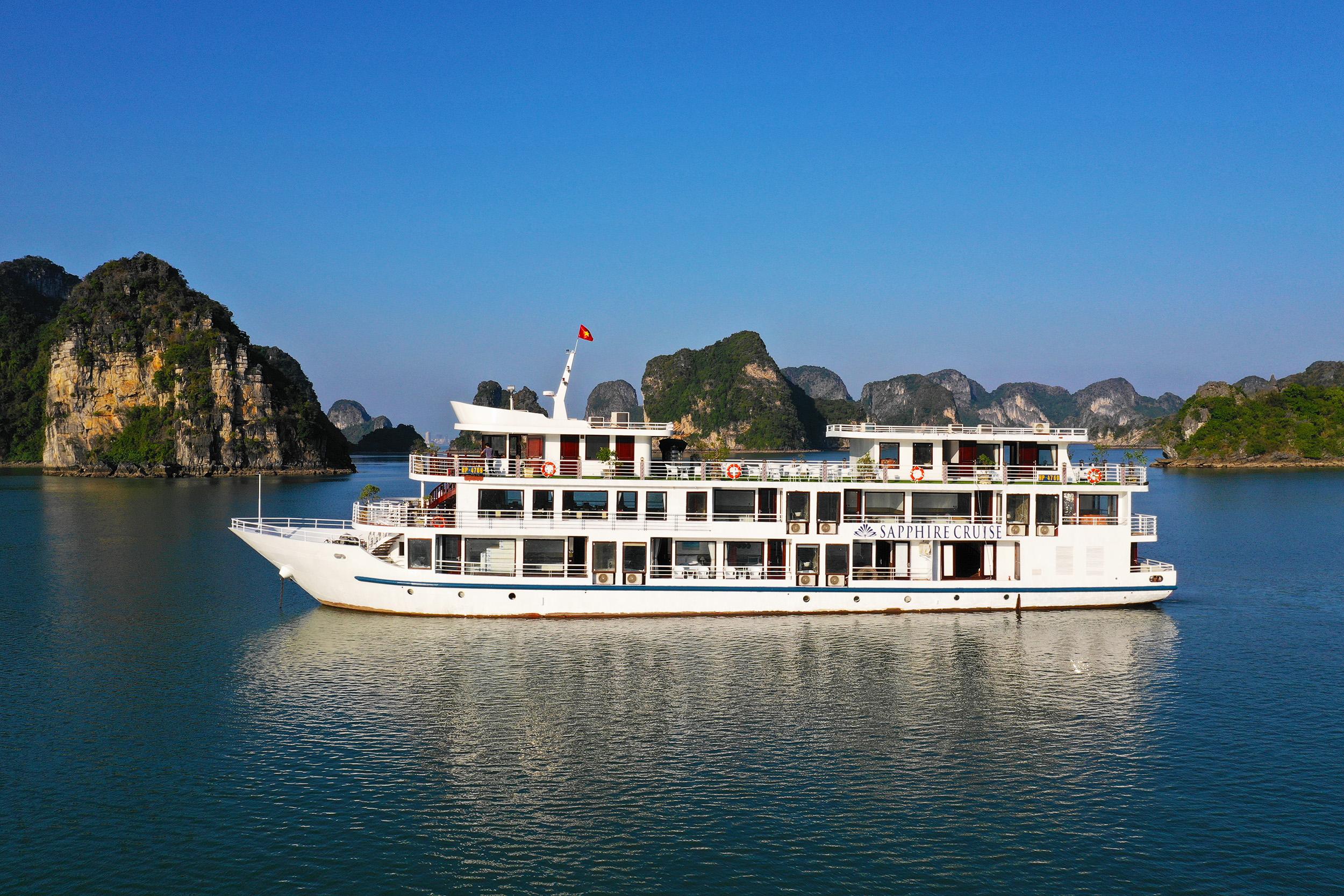 Du Lịch  trên tàu Sapphire Cruise (2 ngày)
